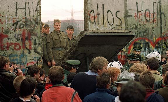 A-25-años-de-la-caída-del-Muro-de-Berlín-por-Fernando-Mires-640