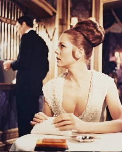 still-of-diana-rigg-and-george-lazenby-in-i-hennes-majestäts-hemliga-tjänst-(1969)